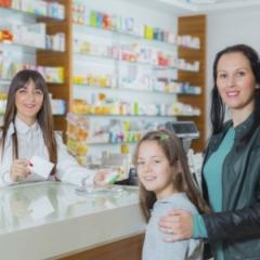 In farmacia con i bambini